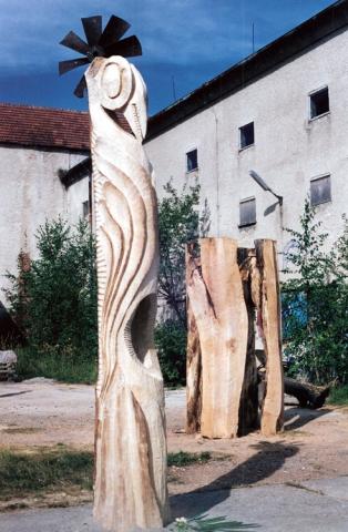 Holzvogel - Stein & Design Schwarzenbacher