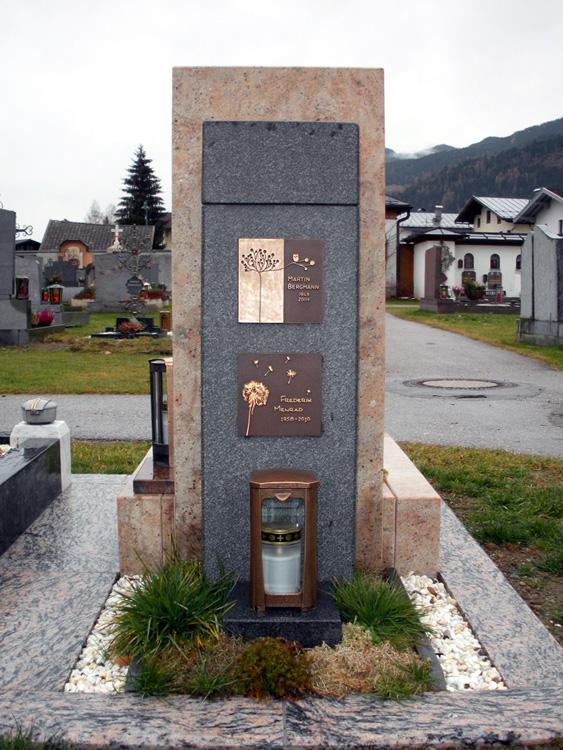 Urnengrab - Stein & Design Schwarzenbacher -  Austellung in Bruck / Glst